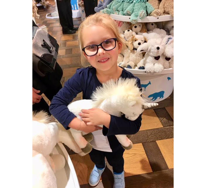 Of course Olympia found a new best friend..the Steiff Unicorn, that we took home. For Unicorn lovers, go check out Steiff, so beautiful.